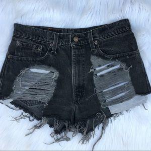Vintage 550 Levi's denim shorts